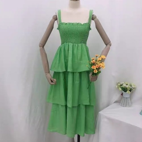 Smock Waist Tier Dress in Emerald
