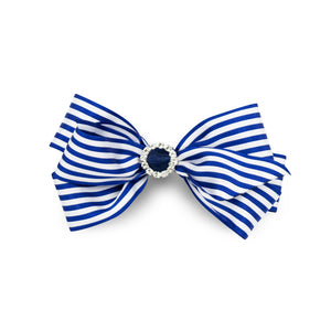 Cute and quirky, this stripy hair bow made from quality satin ribbon will add that perfect finish to any ourfit.