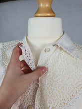 Load image into Gallery viewer, 1950s White Sleeveless Blouse with Stunning Neck and Collar