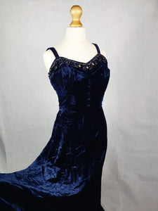 1940s Stunning Midnight Blue Silk Velvet Dress With Stunning Beading and Buttons