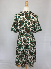 Load image into Gallery viewer, 1950s Wounded Green, Blue and Brown Paisley Print Terylene Dress