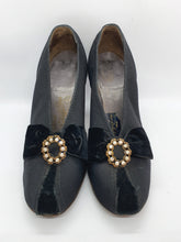 Load image into Gallery viewer, 1930s Black Canvas and Velvet Court Shoes With Diamante Embellishment and Patent Heel