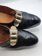 Load image into Gallery viewer, 1930s Black Leather Shoes With Mock Snakeskin Buckle Front