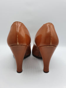 1940s Amazing Tan Peep Toe Leather Court Shoes With Bow