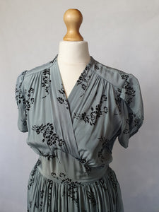1940s Duck Egg Blue Dress With Beautiful Velvet Details and Sleeves