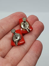 Load image into Gallery viewer, 1930s/1940s Deadstock Red Screwback Earrings
