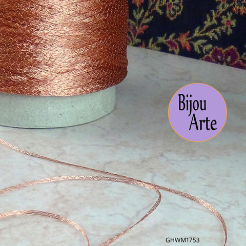 The 1 millimeter wire mesh ribbon can be used in a myriad of different ways: as an embroidery thread, for crocheting, knitting, and it makes a great cord for macrame