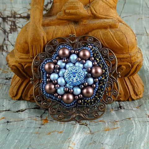 Pearly Dewdrops Brooch (Hand Woven / Hand Embroidered)