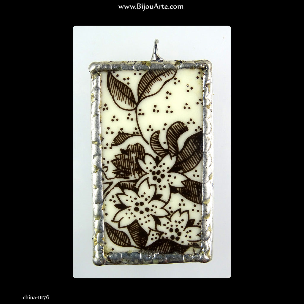 English China Chip Pendant: Handmade in Italy