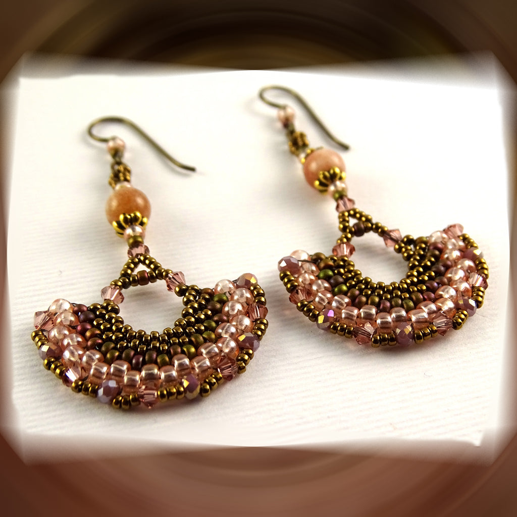 Wedge Petal Weave Earrings: Peach Cobbler