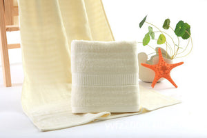 Open image in slideshow, LoveSprings bamboo bath towel (60x120cm)