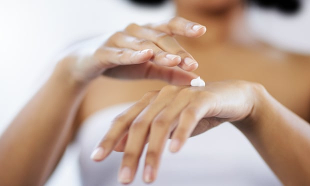 How to keep your hands clean – without getting dry skin