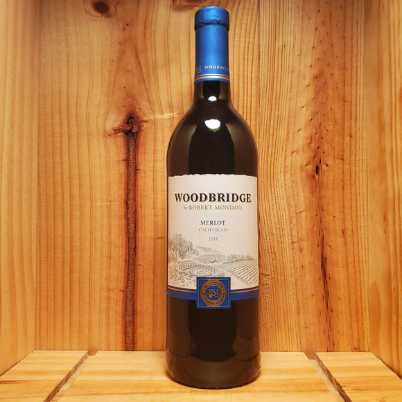 Woodbridge Merlot (750ml / 1.5L)