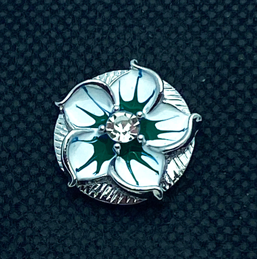 18mm White Lacquer Flower Snap with Green Highlights and White Rhinestone Center