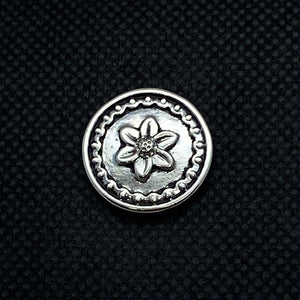 18mm Silver Tone Snap with Flower in Middle