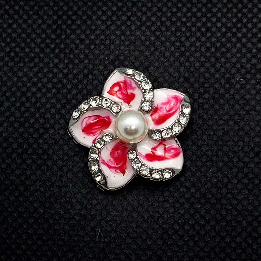 18mm White with Red Enamel Flower Snap with Pearl Center