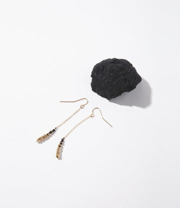 Lune Noir Crystals Long Earrings