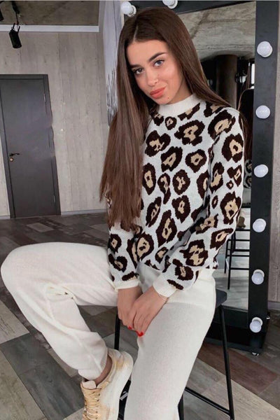 Knitted Loungewear Co Ord Set in Ecru Leopard print - jqwholesale.com