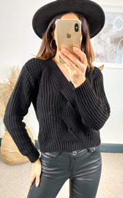 Black Knitted Crop Jumper - jqwholesale.com