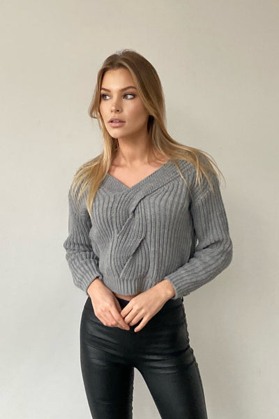 Grey Knitted Crop Jumper - jqwholesale.com