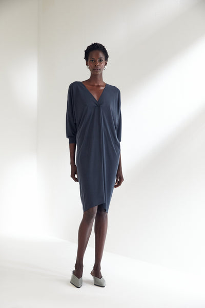 V Neck Wide Midi Dress in Navy - jqwholesale.com