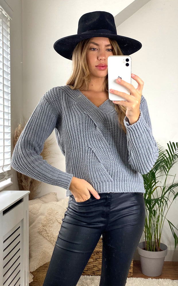 Pink Knitted Crop Jumper - jqwholesale.com