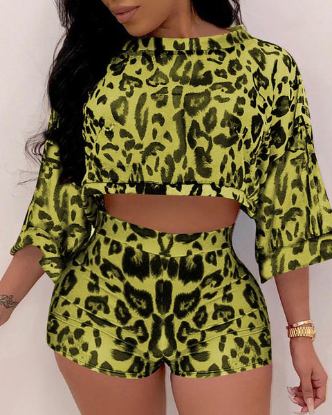 Leopard Print Bat Sleeve Crop Top With Shorts Set