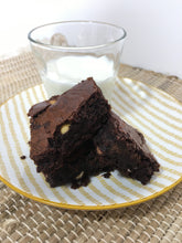 Load image into Gallery viewer, Chocolate brownie cake bag