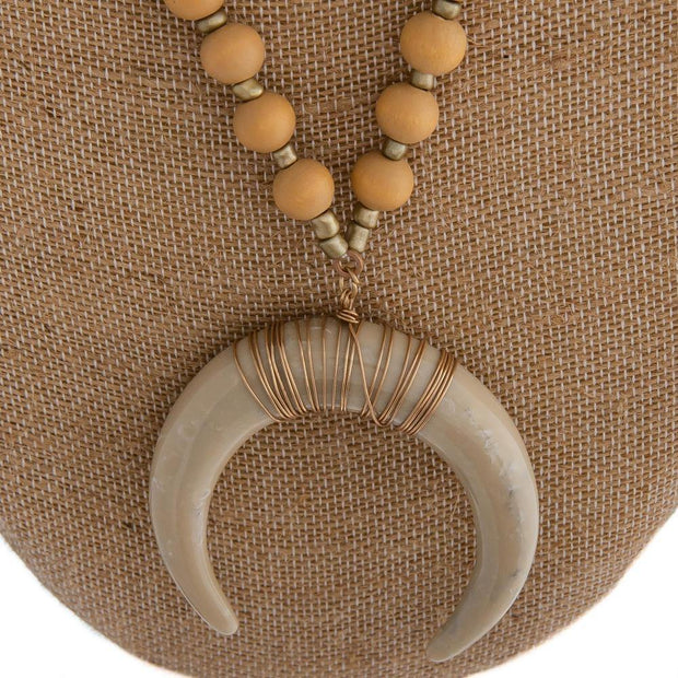 Crescent Pendant Necklace | Fruit of the Vine Boutique