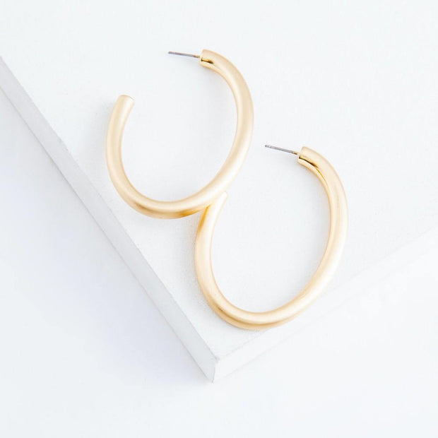 Laney Matte Oval Hoops in Gold