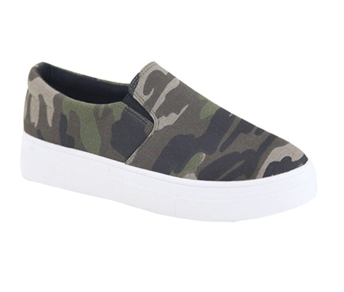 Camo Canvas Platforms