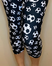 Load image into Gallery viewer, Soccer Balls CAPRI