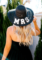 MRS STRAW HAT