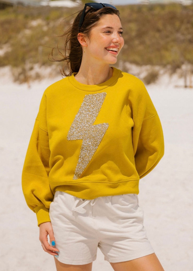 RHINESTONE STRIKING PULLOVER