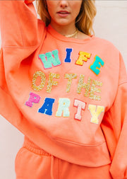 WIFE OF THE PARTY SET
