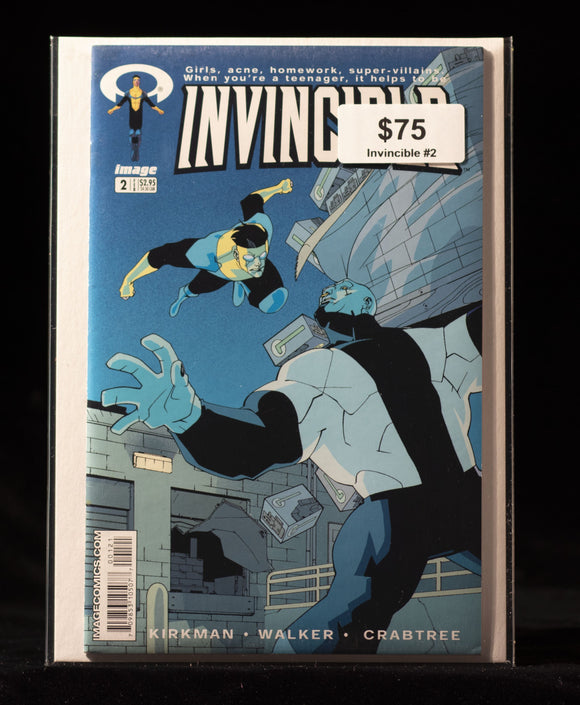 INVINCIBLE #2 - IMAGE COMICS - Black Cape Comics