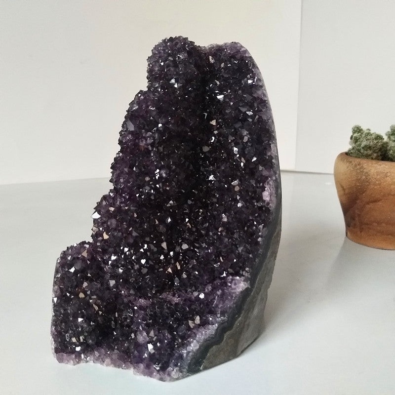 High quality Uruguay stone amethyst geode crystal quartz cluster home decor display amethyste pierre naturelle