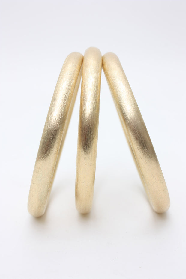 Betty Curré Brushed Gold Bangles