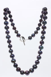 Janes Freshwater Pearl Necklace