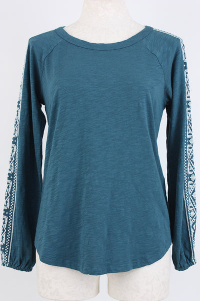 Mododoc embroidered raglan top in desert teal.
