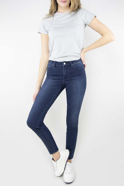 Tractr Nina Dark Wash High Waist Skinny Jean in dark indigo.