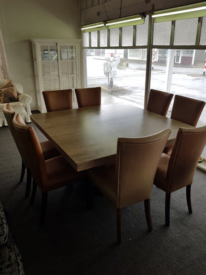 9p Marble Dining Suite with x8 Leather Dining Chairs
