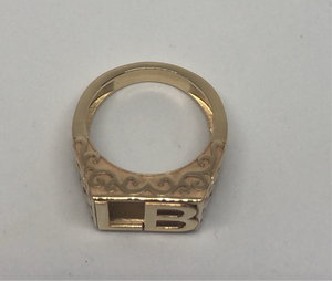 Bespoke Inital ring 9ct gold