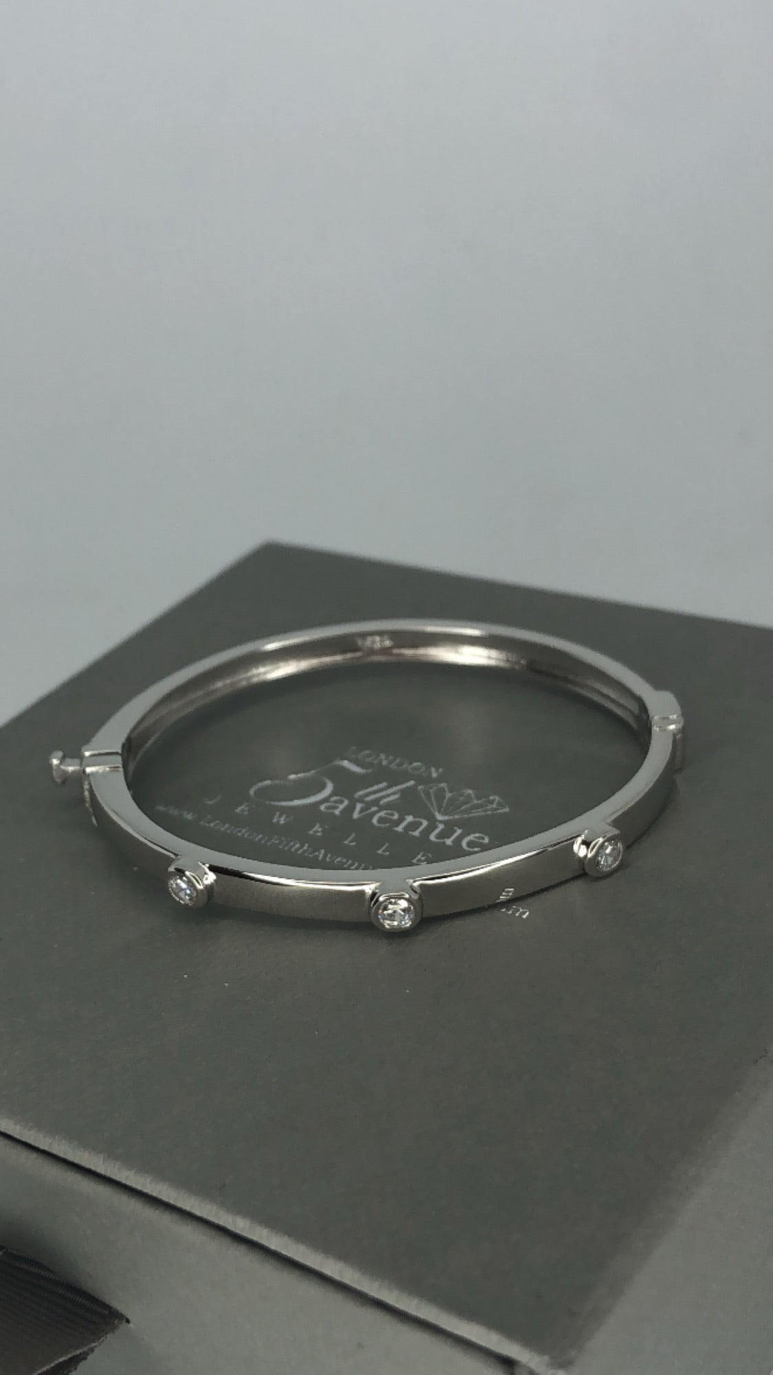 Baby love bangle - London Fifth Avenue jewellery