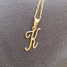 Load image into Gallery viewer, Fancy font gold initial pendant