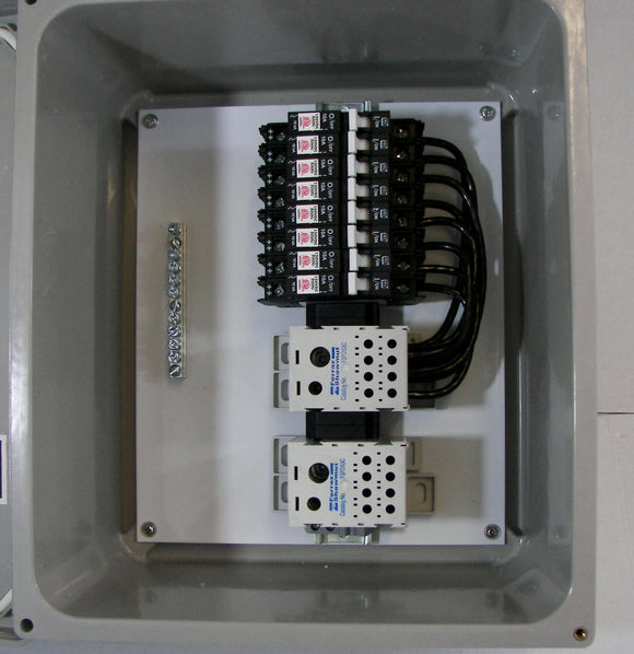 6 or 8-String Solar Combiner With Circuit Breakers