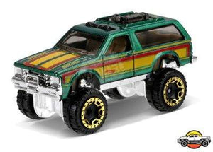 HOT WHEELS CHEVY BLAZER 4X4 HOT TRUCKS MATTEL DVB66