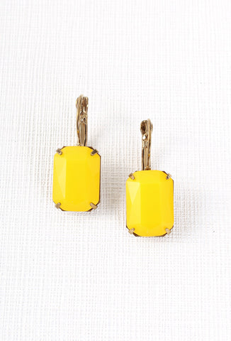 Vintage Glamour Earrings in Yellow