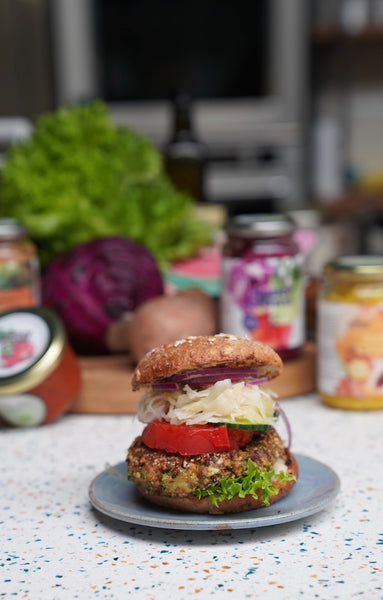 "Plant based SauerCrowd Burger - "" 15 minutes recipe"""