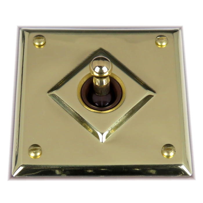 Classic 10 Series Standard 10a Toggle Switch